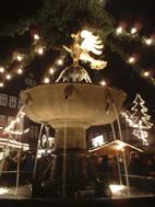 Der Brunnen auf dem Marktplatz im Winter, Foto (c) von Cordula Kerlikowski